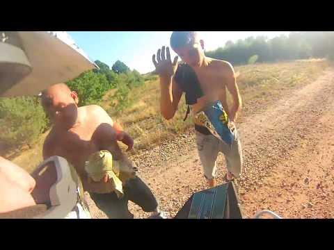 Drunk Redneck blocks the way | Pijany koles wlazi mi pod kola i chce podwozki | ATV Quad adventures
