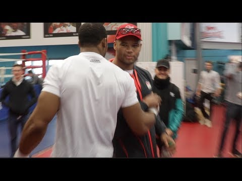 ANTHONY JOSHUA TRAINING HARD FOR PARKER GREETED BY GB TEAM MATE & SPARRING PARTNER BIG FRAZER CLARKE (видео)