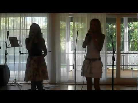 Kethrin Urbas ja Karoliine Pärlin ''Kõlab swing'' Kustas Kikerpuu (видео)
