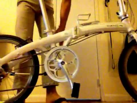 speed p8 folding bike - This video shows the break down and put together of the Dahon Mu P8 as well as displaying the gears and brakes.