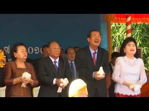Kambodscha gedenkt der Gewaltherrschaft der Roten K ...
