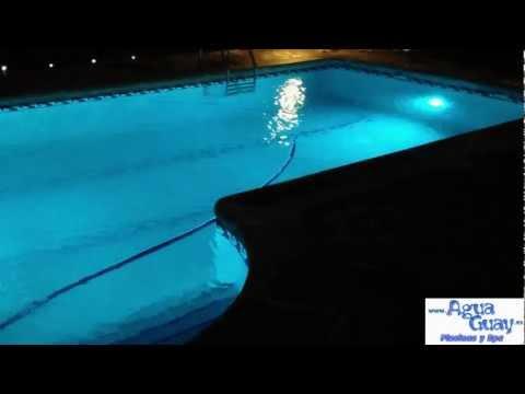 Focos piscina led colores videos videos relacionados for Focos piscina led colores