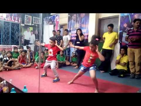 DO PEG MAAR (ONE NIGHT STAND)  dance performance