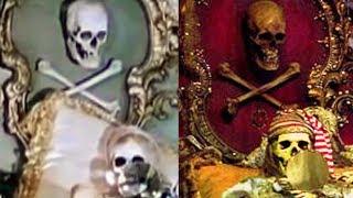 Video Were There Real Skeletons at Disneyland? MP3, 3GP, MP4, WEBM, AVI, FLV Oktober 2018