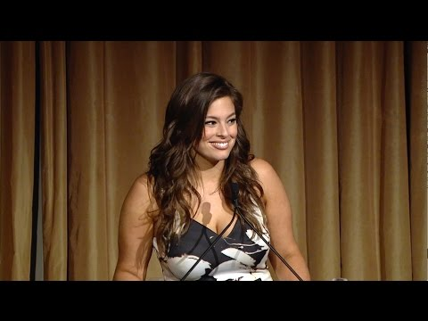 Ashley Graham Delivers Keynote at the 2016 Women Mean Business Luncheon