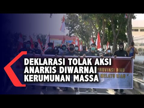 Deklarasi Tolak Aksi Anarkis Diwarnai Kerumunan Massa