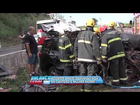 Acidente grave! caminhão 'voa' em canteiro e mulher morre