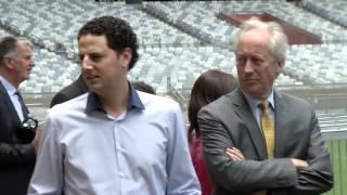 VÍDEO: Representantes da Holanda conhecem o Mineirão