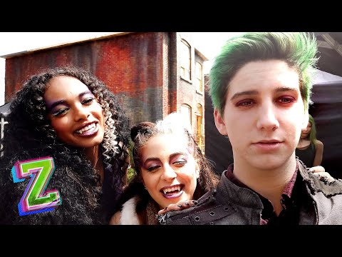 Zed's Z2 Diary! 💥| Behind the Scenes | ZOMBIES 2 | Disney Channel