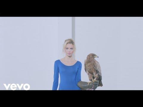 Tekst piosenki Prides - Out Of The Blue po polsku