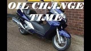 3. Engine oil change Honda  FJS 600 Silverwing