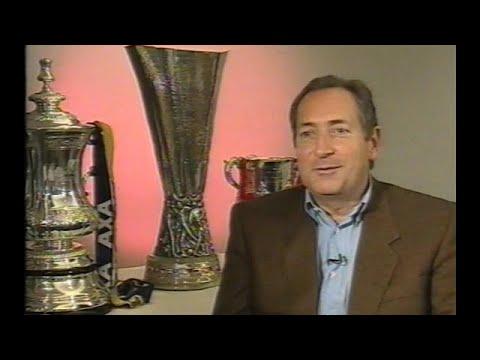 Liverpool FC Season Review 2000/01 (The Treble)