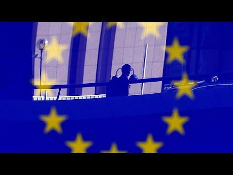 Με βέτο απειλεί ο Γκι Φερχόφσταντ το Brexit