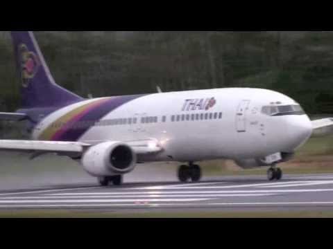Thai Airways Boeing 737-400 landings / takeoffs Koh Samui Airport 737-400