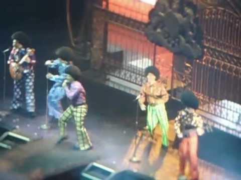 Cirque du Soleil - Jackson 5 (A-B-C Easy As 1-2-3) - MJ Immortal World Tour