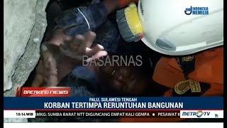 Video Momen Dramatis Evakuasi Pria Yang 4 Hari Terjebak Reruntuhan Kantor Di Palu MP3, 3GP, MP4, WEBM, AVI, FLV Oktober 2018