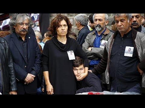 Τουρκία: Το «Ισλαμικό Κράτος» δείχνει ο Νταβούτογλου για την πολύνεκρη επίθεση