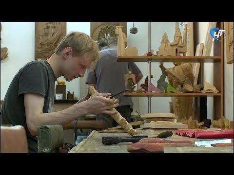 Студент новгородского колледжа одержал победу на олимпиаде по прикладному искусству