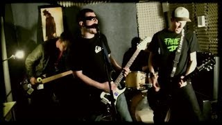 Video Platfus - Ú.let (Official Music Video 2012)