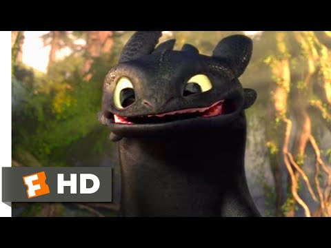 How to Train Your Dragon - Making Friends With A Dragon Scene | Fandango Family