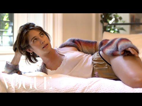 Lola Kirke's Failed Train Romance | Sad Hot Girls | Vogue