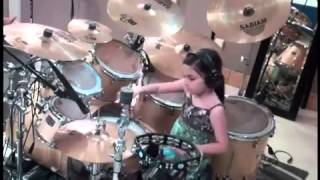 Download Lagu amazing little girl playing drums Mp3