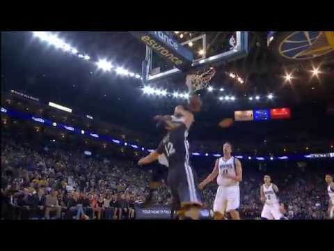 Video: Curry Finds Boguts for the Powerful Alley-Oop Jam