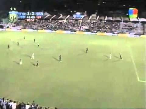 Gol de Facundo Ferreyra a Tigre (Clausura 2011)