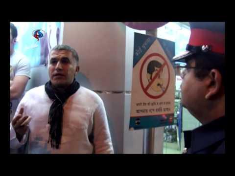 احتجاز الناشط الحقوقي البحريني نبيل رجب+فيديو