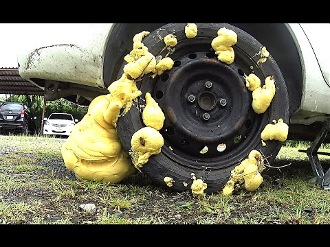 Video What will happen if you fill the wheel construction foam, Emergency fix a flat tire by yourself download in MP3, 3GP, MP4, WEBM, AVI, FLV January 2017