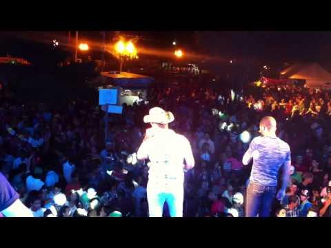 Show Banda Brasil 2000 em Ivaté 2015