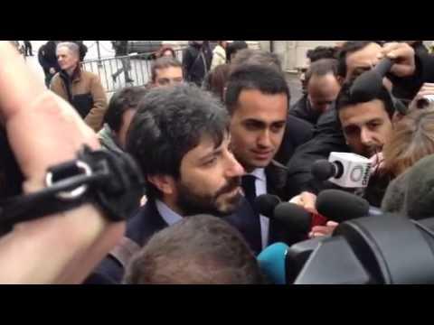 Roberto Fico all'entrata a Montecitorio