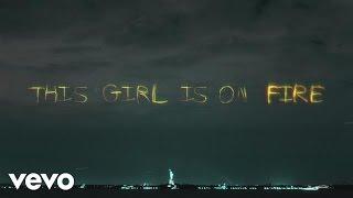 Alicia Keys - Girl On Fire (Inferno Version) (feat. Nicki Minaj) (Lyric Video) lyrics (German translation). | [Intro Nicki Minaj], Spirit of Marilyn callin' me, audibly, Bawlin she, said that she would never...