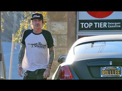 Tommy Lee Gases His 'ROLLLEE' After Listing Mansion At A $1.2 Million Loss Amid Family Feud