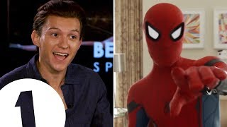 "Video ""I'm a walking meme!"": Spider-Man's Tom Holland on the 'Quackson Klaxon'. MP3, 3GP, MP4, WEBM, AVI, FLV Februari 2019"