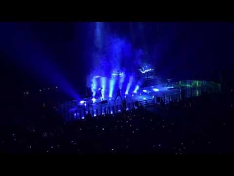 Maroon 5 - Moves Like Jagger [Live] 2016 Tour - San Antonio