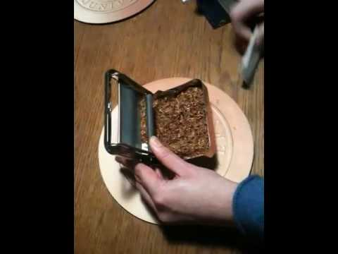 How to roll with a cigarette rolling machine