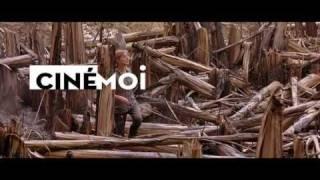 Nonton White Material Film Subtitle Indonesia Streaming Movie Download