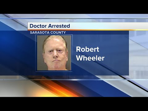 Sarasota doctor charged with unlicensed practice of a health care professional while suspended