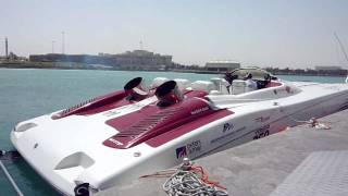 Qatar - filming at 1000fps the 3200hp world record jet boat in Doha
