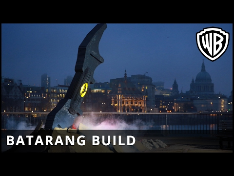 The Lego Batman Movie (Viral Video 'Batarang Build in London')