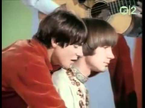 The Monkees - Daydream believer lyrics