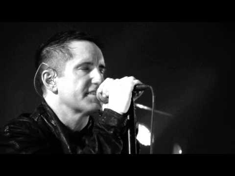 inch - Trent Reznor pulls a ''Bono'' and has a facetime session with Andrew Youssef. Andrew was unable to attend the shows at The Joint due to health reasons. Trent...