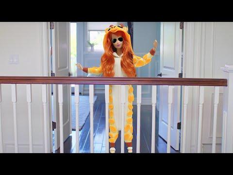 Play Doh Meghan Trainor - Me Too Inspired Costume  (Giraffe Kigurumi Onesie)