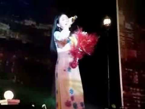 Thanh ngan  - Co gai ban guom