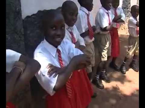 Crianças Africanas cantam a Paz