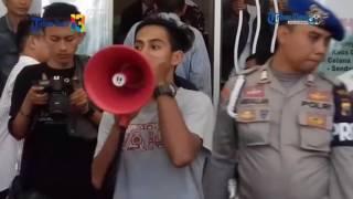 Video Mahasiswa Sinjai Unjuk Rasa di Pengadilan Makassar MP3, 3GP, MP4, WEBM, AVI, FLV Juli 2018