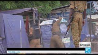 Abonnez-vous à notre chaîne sur YouTube : http://f24.my/ObsYT BURKINA FASO - Les villageois burkinabé en avaient assez des coupeurs de route et des ...