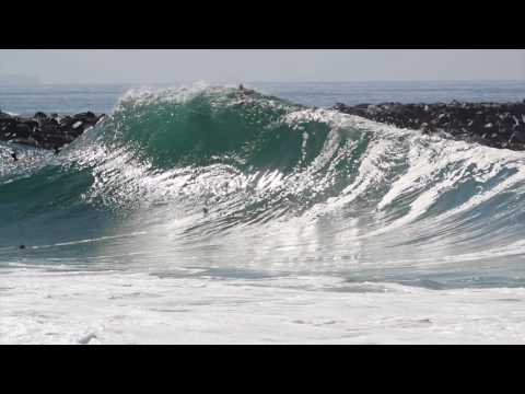 Unridden Big Waves at the Wedge