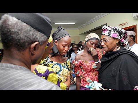 Νιγηρία: Νέες διαπραγματεύσεις για τα κορίτσια του Τσίμποκ – Στοίχημα η αποκατάστασή τους